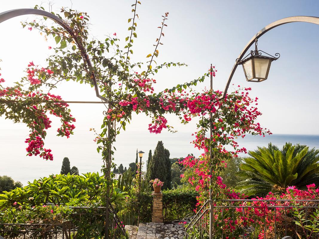 Best bel soggiorno taormina contemporary design trends for Design hotel sizilien